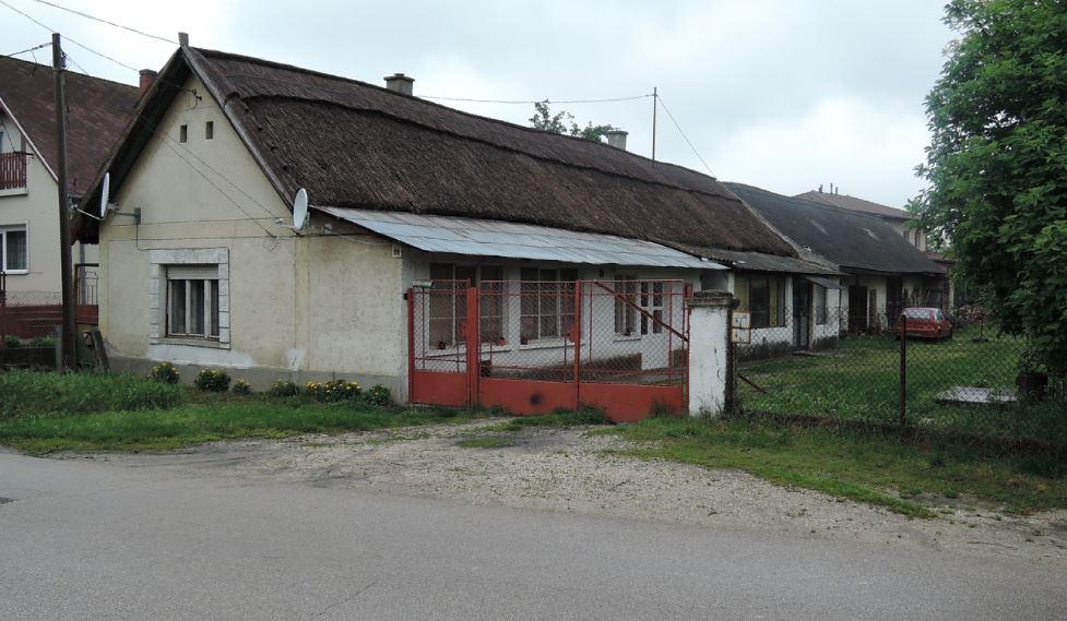 hidiTóth ház